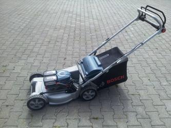 Bosch Akku Handrasenmäher GRA 48